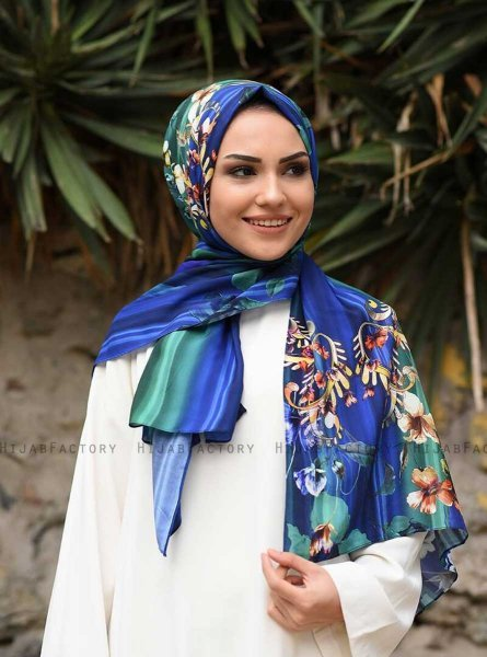 Marwa - Blue Patterned Crepe Hijab