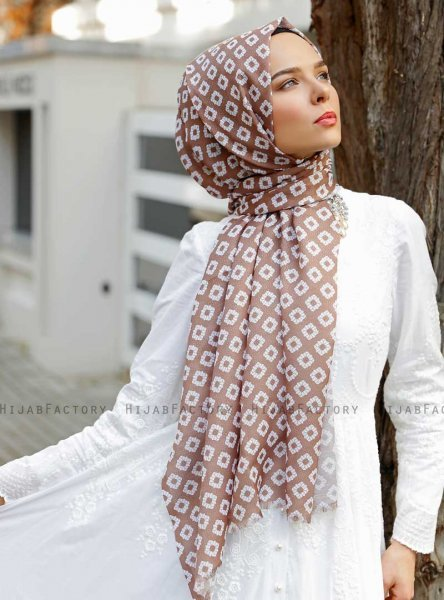 Nesrin - Brown Patterned Hijab